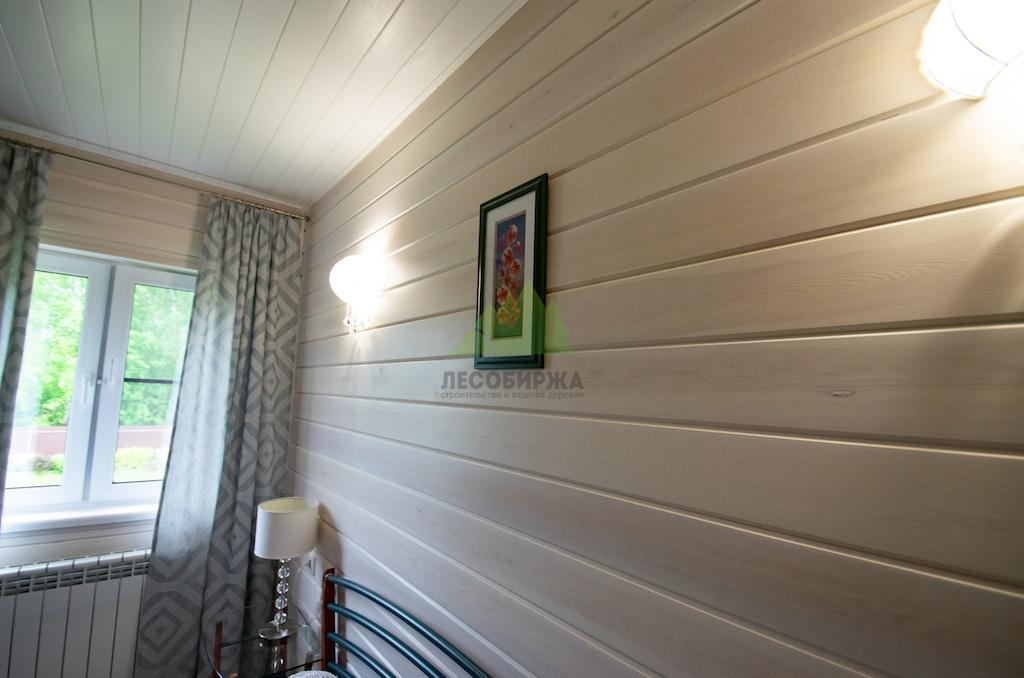Какой краской покрасить вагонку внутри дома фото